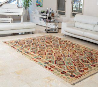 שטיח קילים צבעוני בעבודת יד (1554)