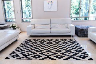 שטיח עור פרה בעבודת יד LEATHER - 6 -מעוינים זיגזג שחור לבן