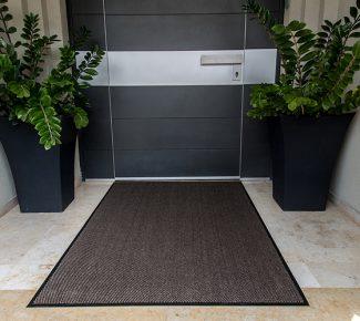 מחצלת שטיח לכניסה לבניין - בז