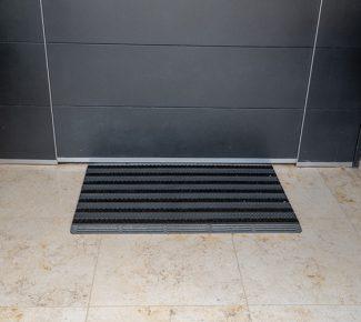 שטיח סף לכניסה מולטי - אפור
