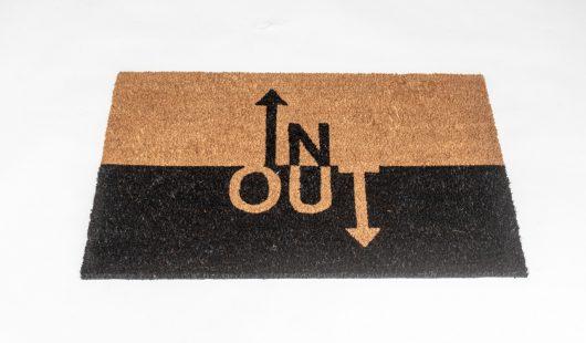שטיח סף לכניסה פנטזיה - IN OUT
